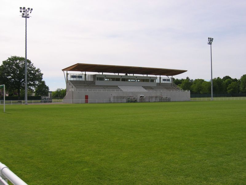 tribunes des Senets - Nevers (2)