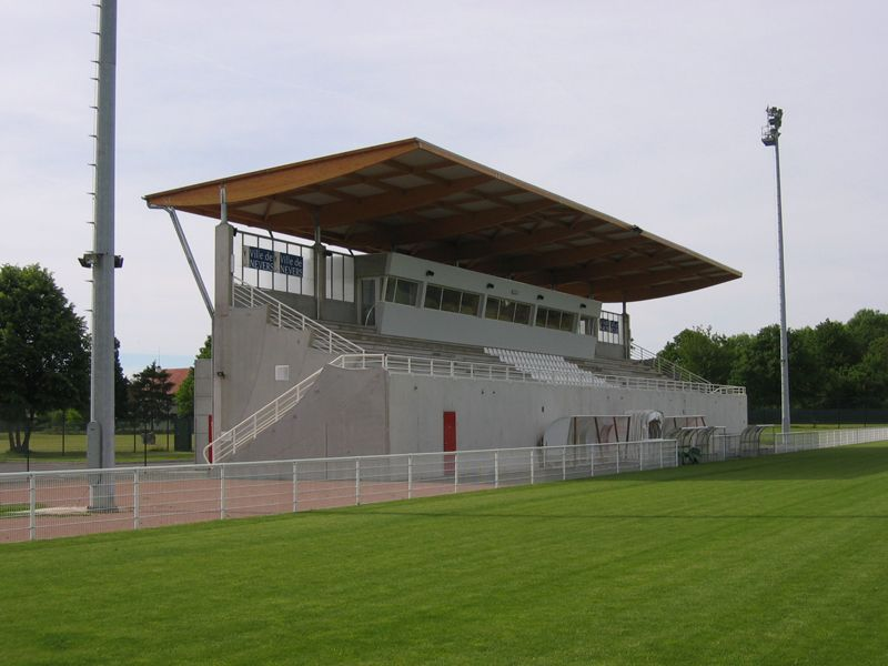 tribunes des Senets - Nevers (3)